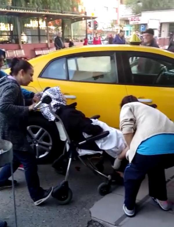İzmir'de şaşırtan olay ! Peş peşe takside doğum yaptılar