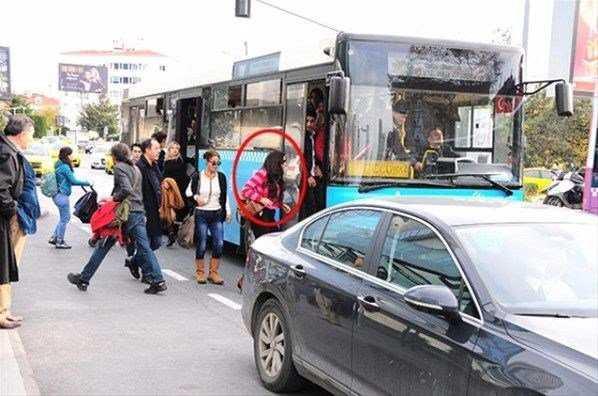Toplu taşıma ile yolculuk eden ünlü isimler