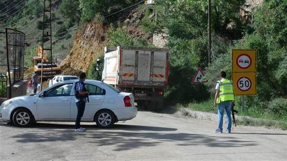 Tunceli'de Güvenlik Noktasına Saldırmak İsteyen Terörist Öldürüldü