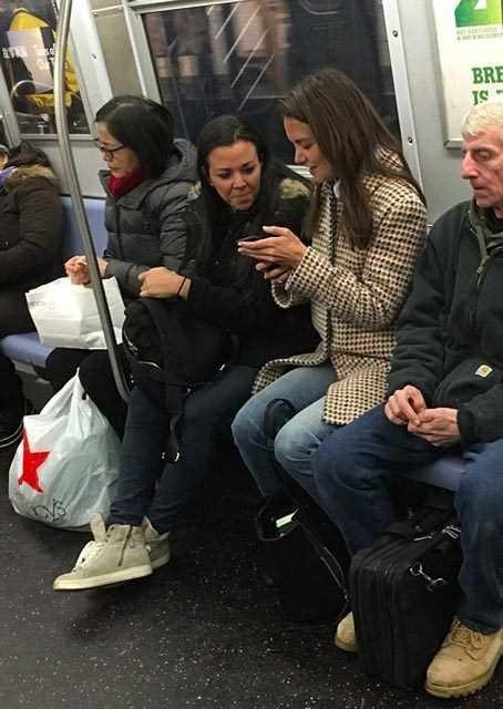 Toplu taşımaya binen ünlüler