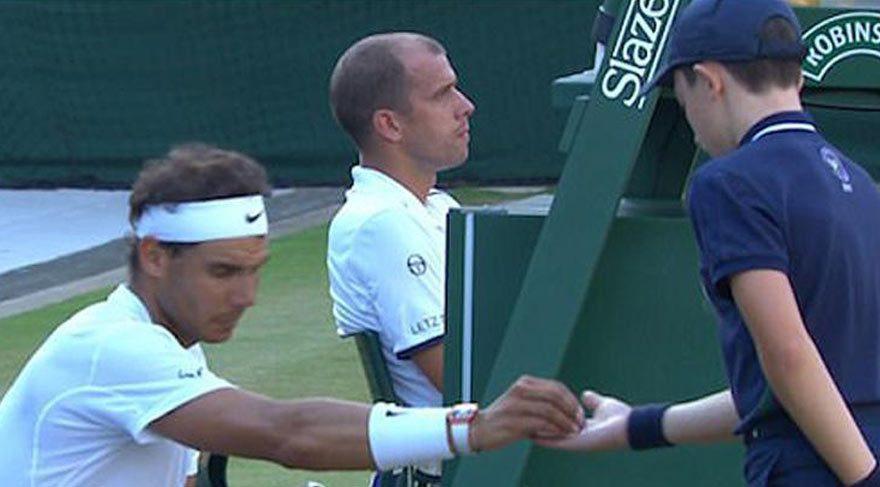 Nadal'a 'çöp' tepkisi !