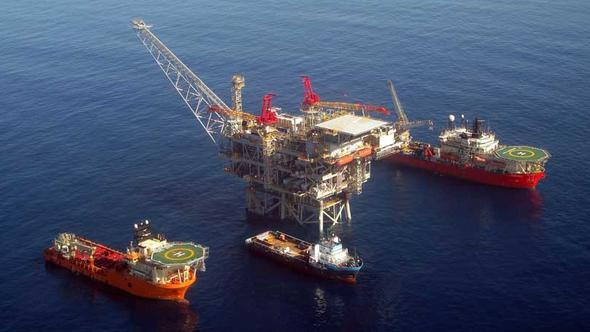 Kıbrıs açıklarında doğalgaz araması başlatıldı