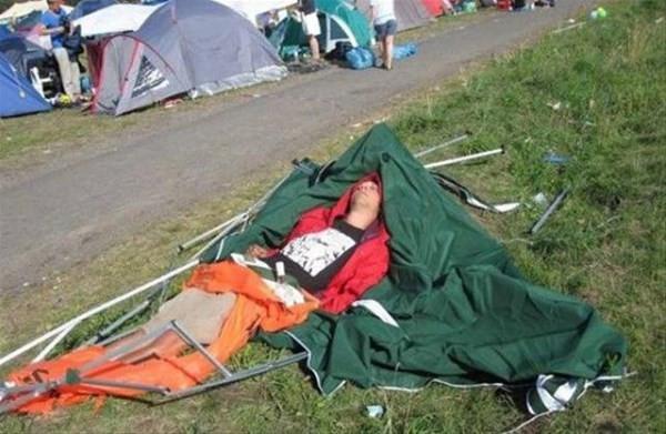 Ünlü festivallere bir de böyle bakın