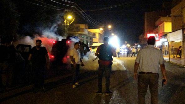 Adana'yı karıştıran kavga ! Polis biber gazıyla müdahale etti