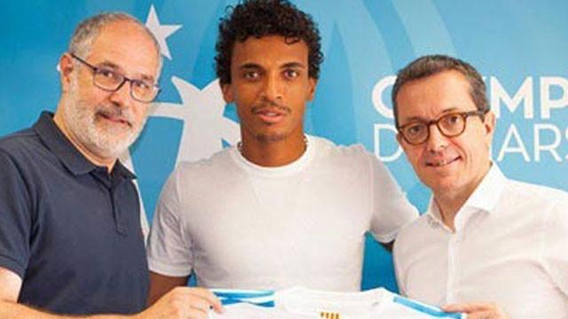 Luiz Gustavo resmen imzaladı