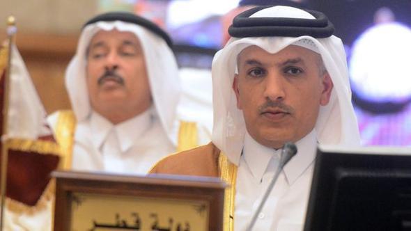 Katar bir kez daha meydana okudu !