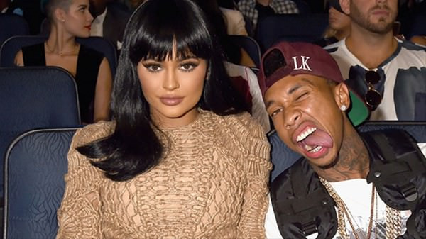 Kylie Jenner, 420 milyon dolar kazandı