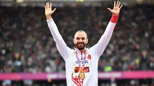 Ramil Guliyev altın madalyasına kavuştu