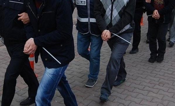 FETÖ'de öğretmenlere operasyon: 10 gözaltı