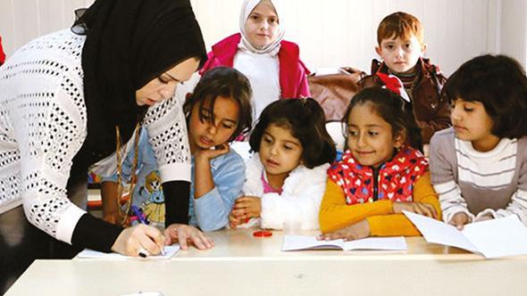 İşte vatandaşlık verilecek Suriyeliler