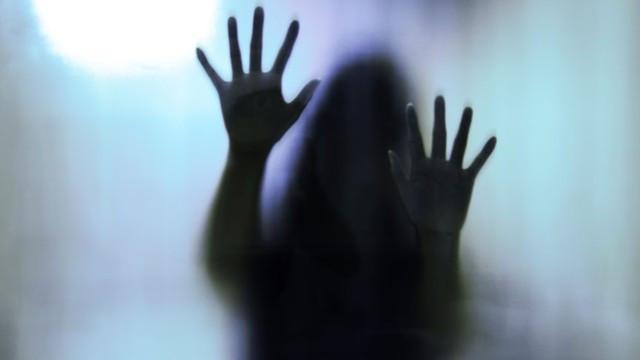 Öz kızına cinsel istismardan tutuklandı