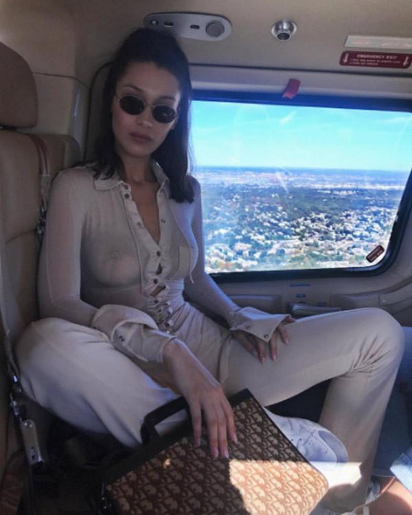 Bella Hadid'in transparan paylaşımı olay oldu