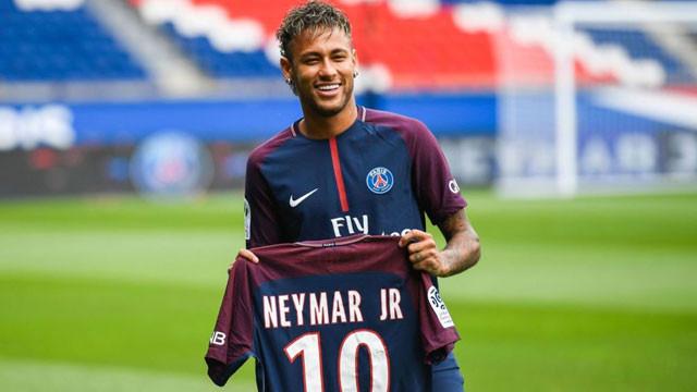 Paris'te Neymar çılgınlığı !