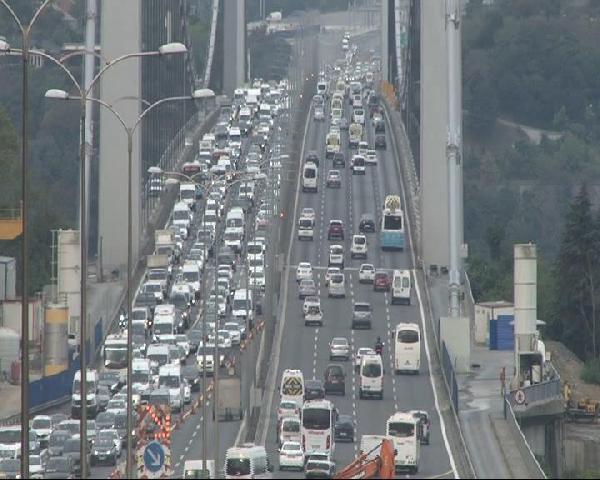 İstanbul trafiğindeki onarım kabusu ne kadar daha devam edecek ?