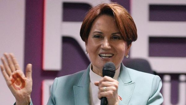 Meral Akşener, yeni partisinin kurucular kurulunu açıkladı
