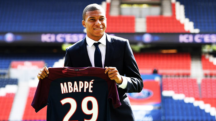 Mbappe imzayı attı !