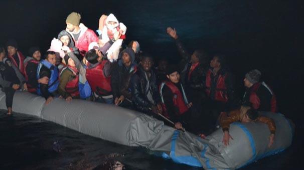Botları patlayan 41 kaçağı sahil güvenlik kurtardı