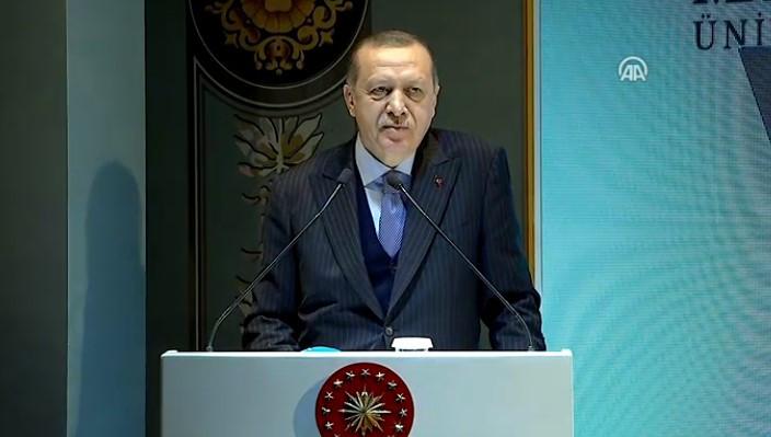 Erdoğan canlı yayında açıkladı ! Yardımcı doçentlik kalkıyor