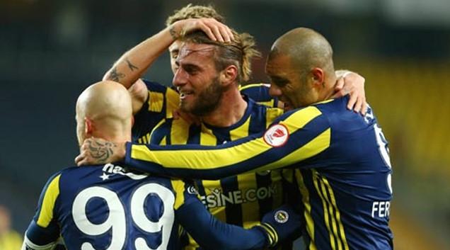 Advocaat Fenerbahçeli futbolcuyu kiraladı !