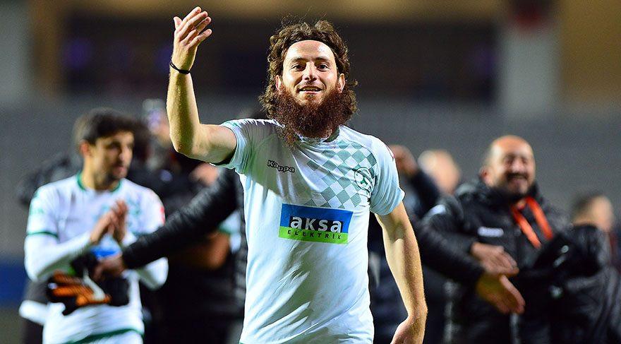 Aykut Demir tarihe geçti ! Sosyal medyayı salladı...