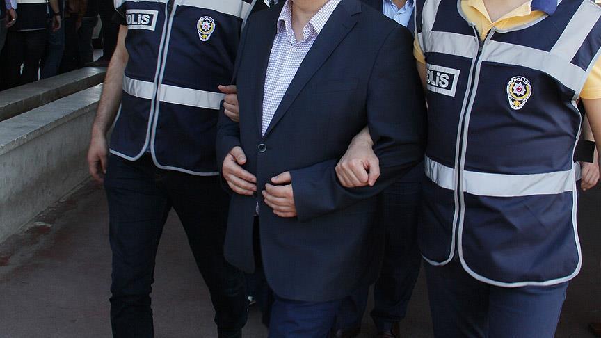 HDP İzmir İl Başkanı'na terör propagandasından gözaltı