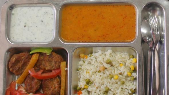 Askere yemek ihalesinde kazanan şirket açıklandı