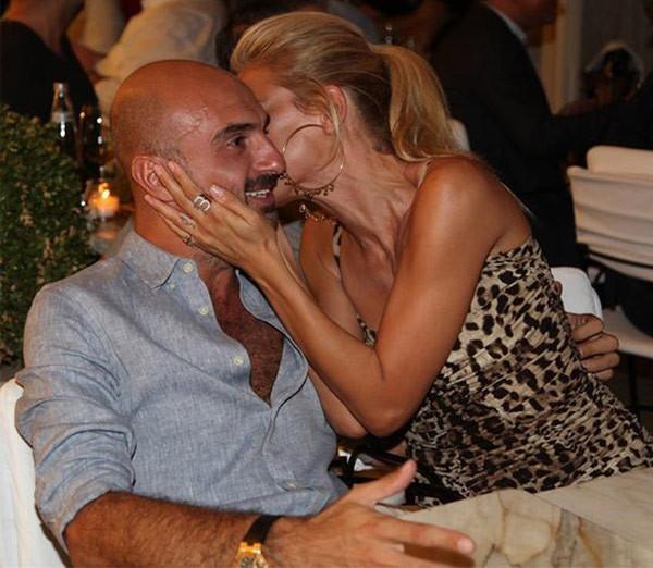 Burcu Esmersoy'un sevgilisiyle tatil paylaşımı olay oldu