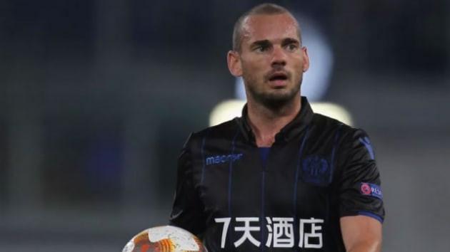 Wesley Sneijder Al-Gharafa ile anlaştı !