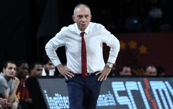 Galatasaray'da şok ayrılık ! Sözleşmesi feshedildi !