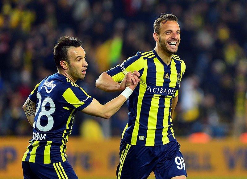 Fenerbahçe'de soğuk savaş sona erdi !