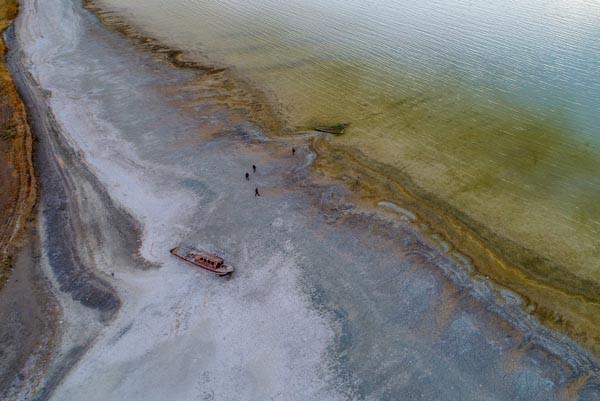 Van Gölü çekilince ortaya çıktı...