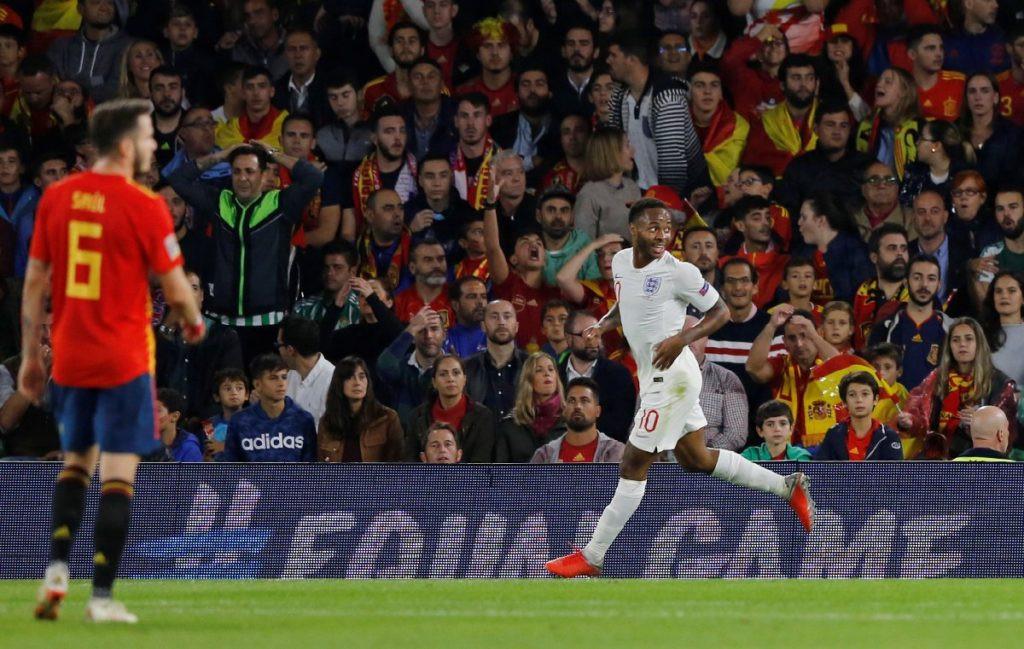 İngiltere deplasmanda İspanya'yı devirdi !