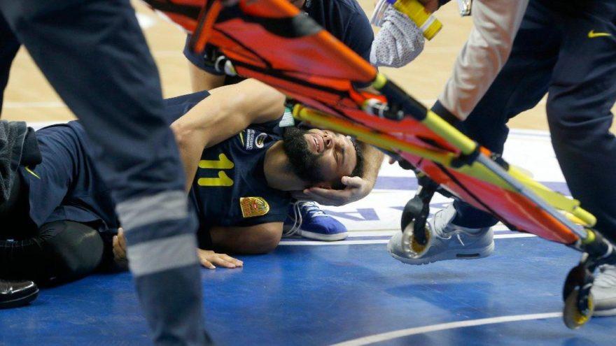 Fenerbahçeli yıldızın ayağı kırıldı