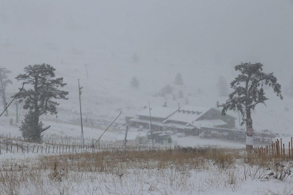 Birçok ilde mevsimin ilk karı yağdı
