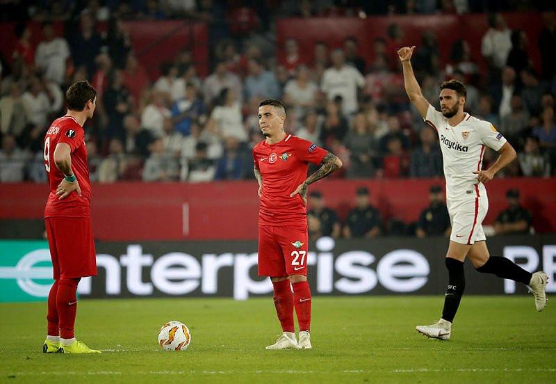 Sevilla - Akhisarspor: 6-0