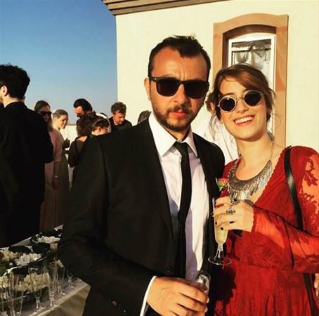 Hazal Kaya evleniyor