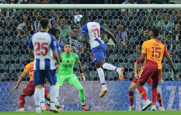 Galatasaray şans tepti ! Porto: 1 - Galatasaray: 0