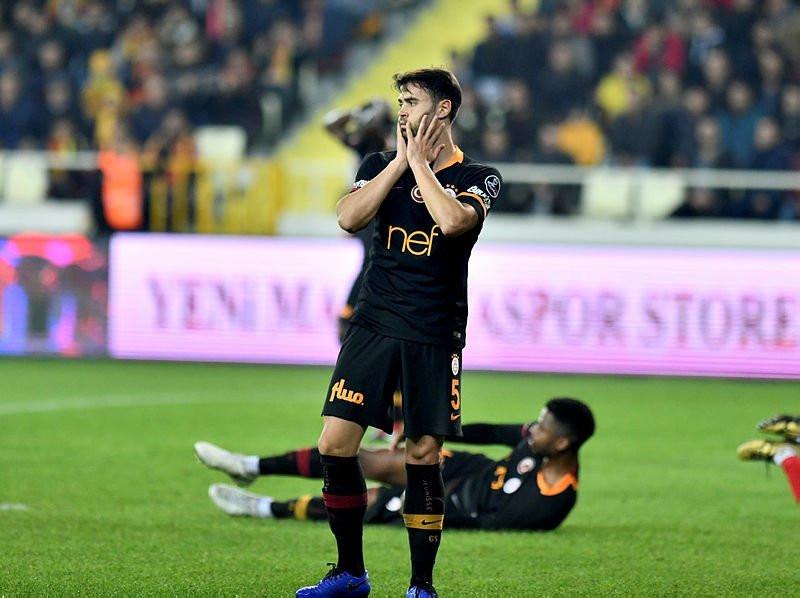 Galatasaray'da derbi öncesi kırmızı alarm !