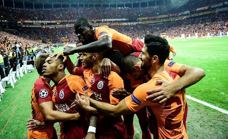 Galatasaray koşu mesafesinde dibe vurdu !