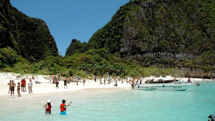 Sayıştay raporu ortaya çıkardı: AK Partili belediyeden ballı Tayland tatili