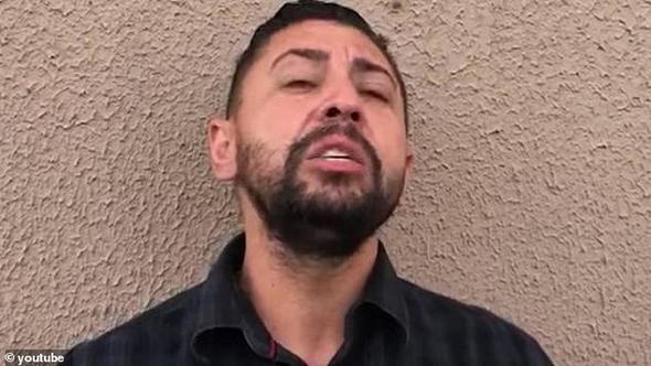 Eşiyle yatakta yakaladığı adamı cinsel organını keserek öldürdü
