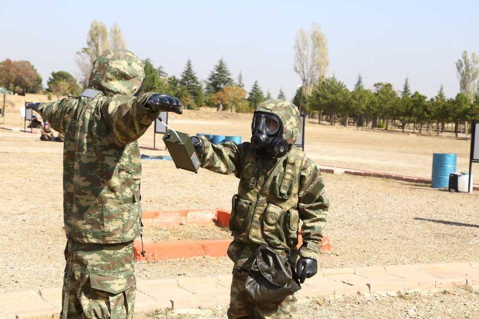Kimyasal tehditlere karşı Mehmetçik'e üst düzey eğitim