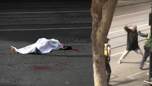 Avustralya'da bıçaklı saldırı dehşeti