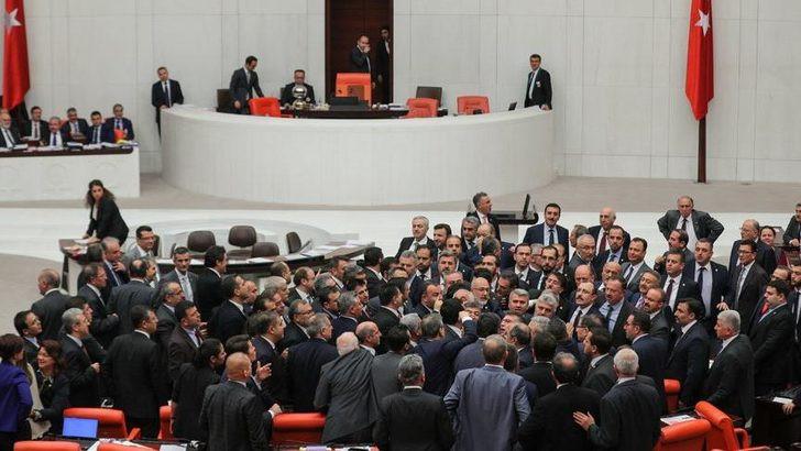 CHP'li Tanal'dan AK Partili isme: ''FETÖ'cüsün !''