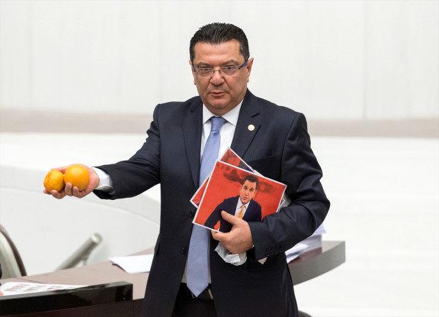 CHP'li Göker Fatih Portakal'ı böyle savundu