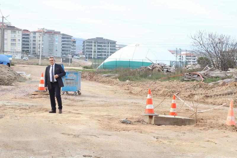 Bandırma'da yeni yerleşim yerlerinin yolları yapılıyor
