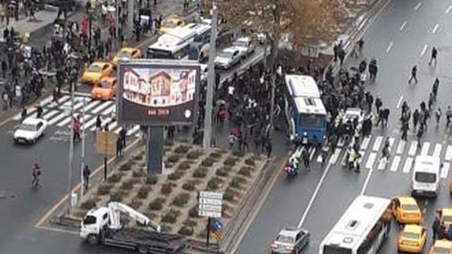 Ankara'da belediye otobüsü yayaları ezdi: Yaralılar var