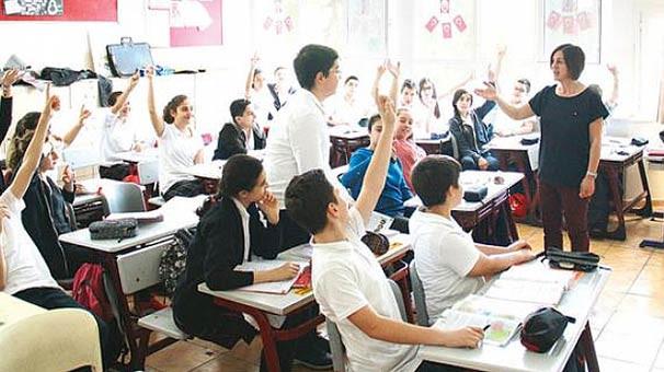 Binlerce öğretmenin beklediği tarih açıklandı