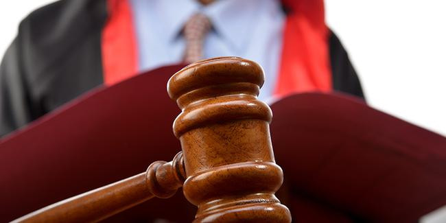 2 komisere FETÖ'den hapis cezası
