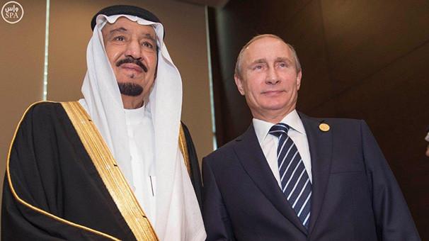 Putin ve Suudi Kral Selman Körfez'i görüştü